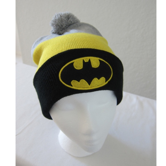 DC Comics Batman Gray and Black Beanie and Gloves Set